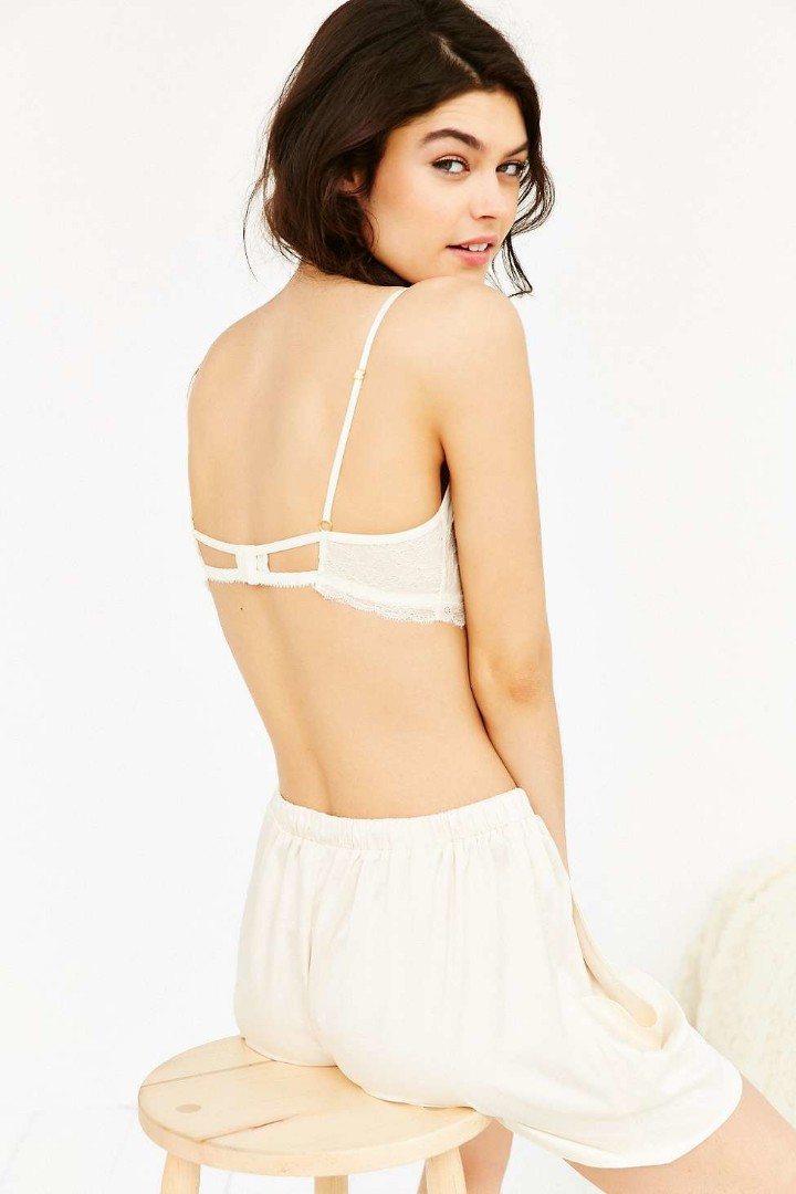 90ae5b9bff0de Urban Outfitters Grace Ivory Lace Bralette