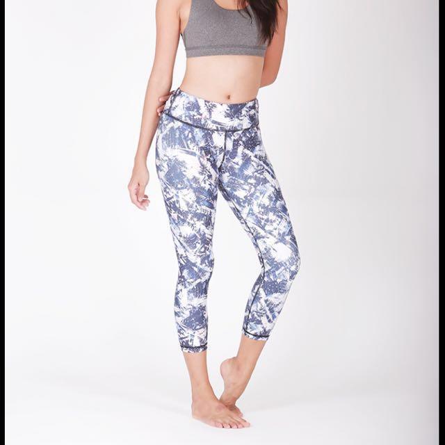 54e35450389add Vivre activewear yoga leggings