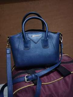 Tas givency kw super