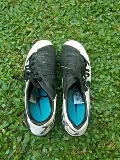 Sepatu sport/soccer/x bambang pamungkas ori