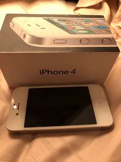 Iphone 4 (with original box and charging cable)