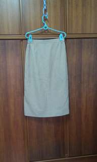 🚚 26腰過膝窄裙