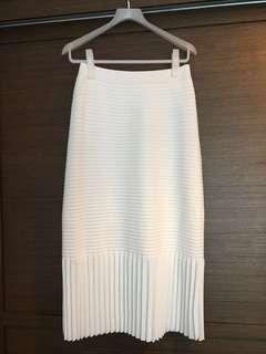 initial 白色百摺裙(有彈性)2碼