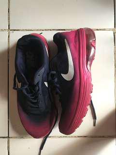 Nike running sz 39