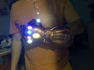 Instock! Thanos Infinity Gauntlet