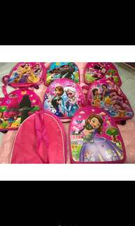 Instock new arrival kids goodies bag (frozen/Sofia/trolls/moana) limited Stock so order early to avoid disappointment ☺ brand new Bulk discount available . This bag is durable , can still be use after event