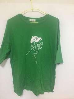 🚚 綠色長版T恤