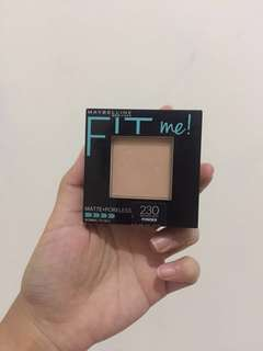 PRESSED POWDER FIT ME MATTE+PORELESS SHADE NATURAL BUFF