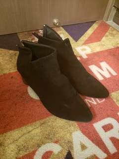 黑色 矮踭鞋