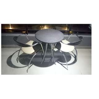 Outdoor Table & Chair