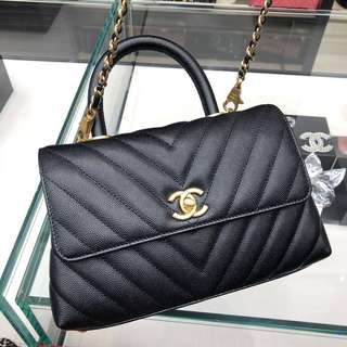 Chanel coco Handle 黑色山形紋small size 24cm