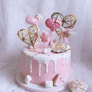 Love shape cake topper