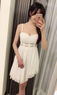 🚚 白色可愛洋裝連身裙