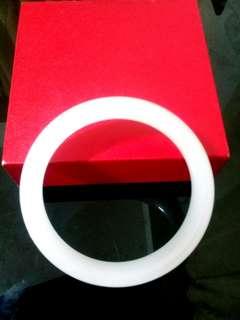 🚚 白玉手環