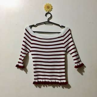 Off Shoulders stripped top