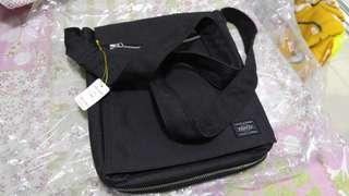 Porter japan tokyo斜背袋 日本購入,$1300,只用過幾次 Made in japan , 荃灣交收。