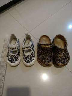 Preloved walnut shoes crocs sandal