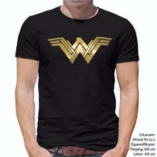 Unisex Baju kaos Atasan Pria Wanita Cewek Cowok Wonder Woman Ukuran Fit L Warna Hitam