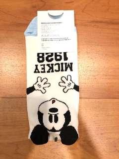Kaos kaki mickey mouse