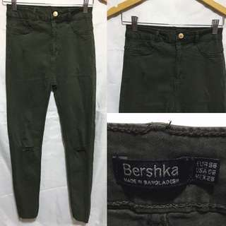 BRAND NEW ✨ Bershka Army Green High Waist Knee Ripped Jeans