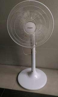 16吋電風扇 electric fan