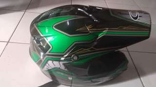 Helm cross carglos baru
