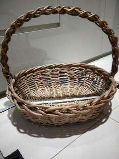 Used hamper basket  $5 about35cm length