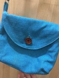 藍色小背包