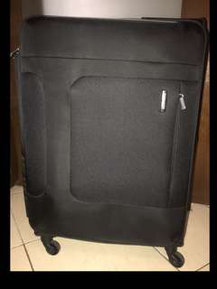 "Samsonite Black Spinner Luggage 76cm/28"""