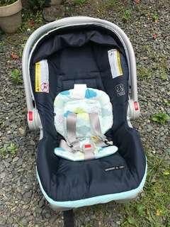 Graco Infant Carseat (Stratus)