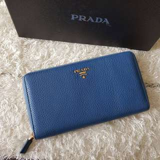 Authentic Prada Grained Leather Zippy Card Cheque Holder Organizer Wallet