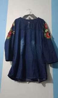 Atasan/ blouse levis aksen bunga