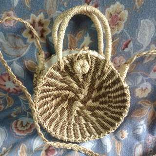 Round Abacca Bag