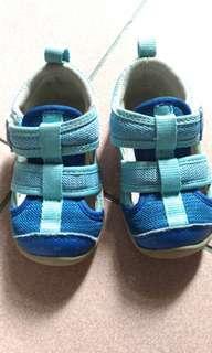 COMBI學步鞋,涼鞋,機能款13.5