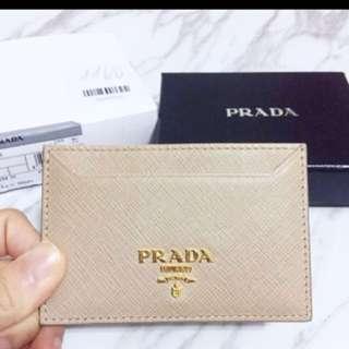 [購自米蘭] Prada卡包 氣質奶茶色 全新有盒