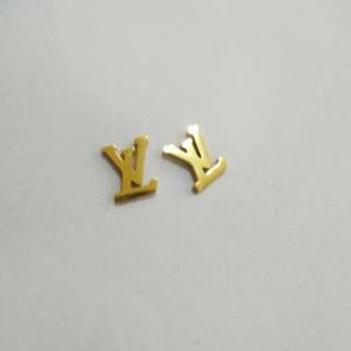 LV ins earrings