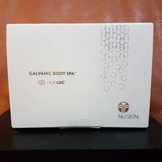 NEW》Galvanic Body Spa (Black: Limited Edition)