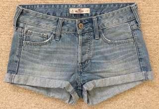 Hollister 牛仔短褲