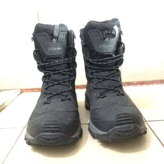 Columbia Bugaboot with Omni-Heat Tech (Men) Size 10.5