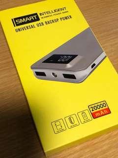 全新20000mAh行動電源 白色 可當電筒使用 可顯示電量
