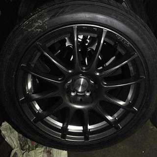 """17"""" 5 Zigen sport aluminium rim with tyre."""