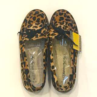 🚚 Leopard print fringe loafers flats #caroupay