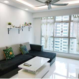 Just MOP, Corner Unit, Well-Renovated!
