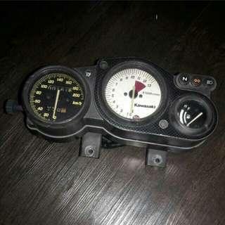 KR speedo meter