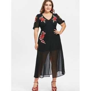 Plus Size V Neck Embroidery Mesh Dress - Black