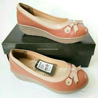 St. Yves BK737SL706 sepatu wedges