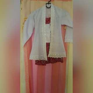 Baju kebaya sekolah anak perempuan