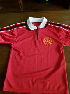 🚚 Manchester United top for boys