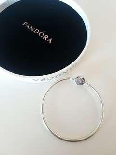 Authentic Pandora Bracelet (new) ☆