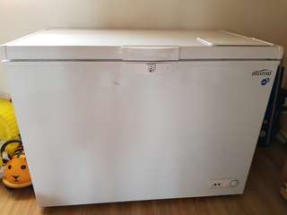 Mistral Commercial Chest Freezer